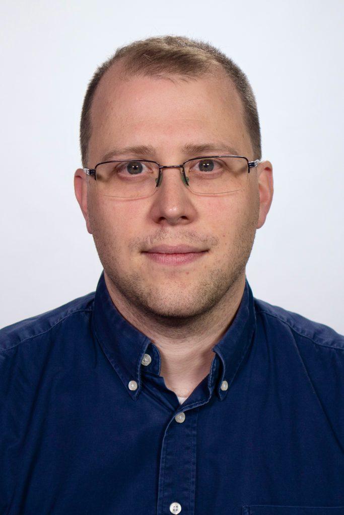 Evan Lamos Headshot